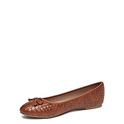 Dorothy Perkins - Wide fit tan woven pumps