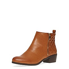 Dorothy Perkins - Tan wide fit quilted boots
