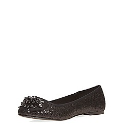 Dorothy Perkins - Wide fit black 'wing' pumps