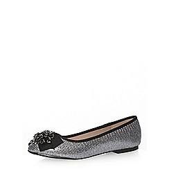 Dorothy Perkins - Wide fit pewter 'wing' pumps
