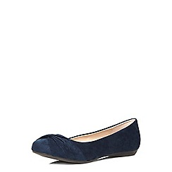 Dorothy Perkins - Wide fit navy whooshy pumps