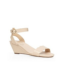 Dorothy Perkins - Wide fit nude 'wavy' low wedges