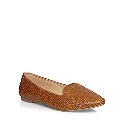 Dorothy Perkins - Wide fit tan 'weavie' pumps