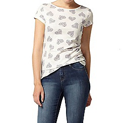Dorothy Perkins - Ivory floral heart t-shirt