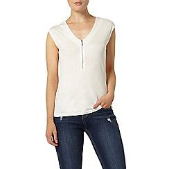 Dorothy Perkins - Ivory utility pocket t-shirt