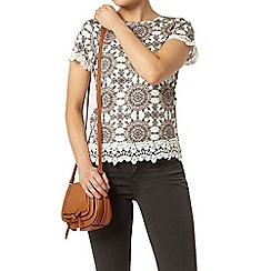 Dorothy Perkins - Tile print lace trim t-shirt