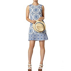 Dorothy Perkins - Tile print shift dress