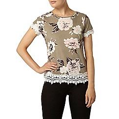 Dorothy Perkins - Khaki floral lace trim t-shirt