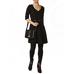 Dorothy Perkins - Black v neck belted dress