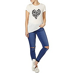 Dorothy Perkins - Ivory sequin heart t-shirt