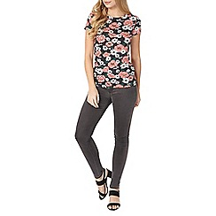 Dorothy Perkins - Black and coral floral t-shirt