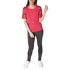 Dorothy Perkins - Raspberry lace sleeve t-shirt