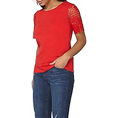 Dorothy Perkins - Red lace sleeve t-shirt