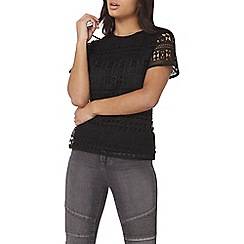 Dorothy Perkins - Black geo lace t-shirt