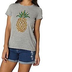 Dorothy Perkins - Sequin motif t-shirt