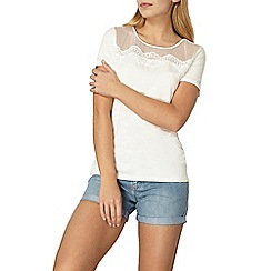 Dorothy Perkins - White lace yoke t-shirt