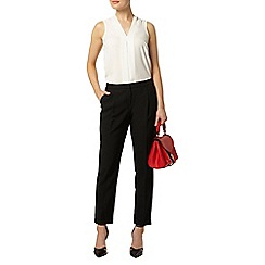 Dorothy Perkins - Black tapered leg trousers