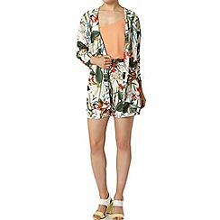 Dorothy Perkins - Tropical print shorts