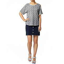 Dorothy Perkins - Cold shoulder tile print top