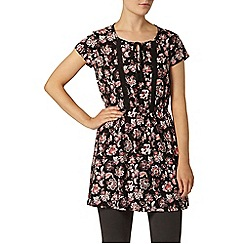 Dorothy Perkins - Black and red floral tunic