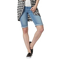 Dorothy Perkins - Denim light wash knee shorts