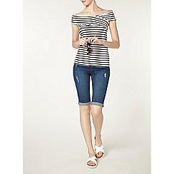 Dorothy Perkins - Tall midwash denim knee shorts
