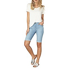 Dorothy Perkins - Light wash denim knee shorts
