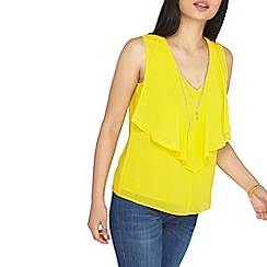 Dorothy Perkins - Petite yellow top with necklace