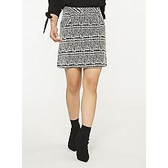 Dorothy Perkins - Petite monochrome checked skirt