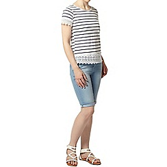 Dorothy Perkins - Petite stripe crochet t-shirt