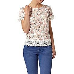 Dorothy Perkins - Petite paisley crochet t-shirt
