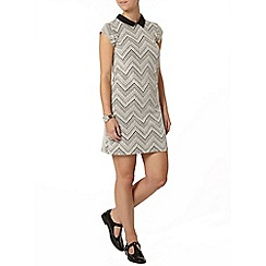 Dorothy Perkins - Petite chevron printed dress