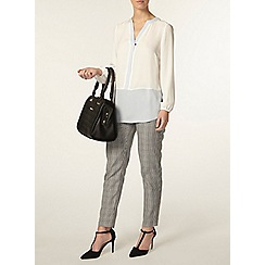 Dorothy Perkins - Petite grey and black trousers