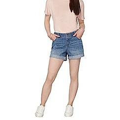 Dorothy Perkins - Petite mid-wash boyfriend shorts