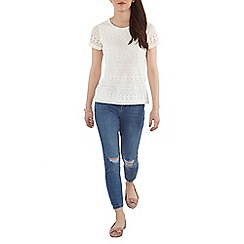 Dorothy Perkins - Petite white geometric lace t-shirt