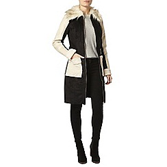 Dorothy Perkins - Faux shearling belted coat