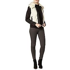 Dorothy Perkins - Short faux shearling jacket