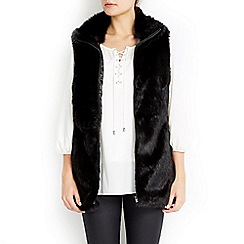 Wallis - Black fur zip through gilet