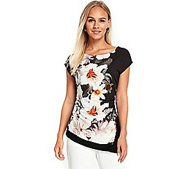 Wallis - Petite black monochrome floral top