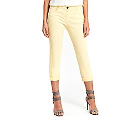 Wallis - Petite yellow roll up jeans