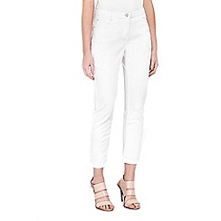 Wallis - Petite white straight leg jean