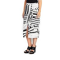 Wallis - Petite geometric aztec print skirt
