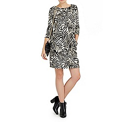 Wallis - Petite leaf printed jacquard dress