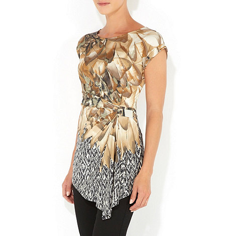 Wallis - Stone feather print petite top
