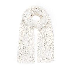 Wallis - Ivory faux fur scarf