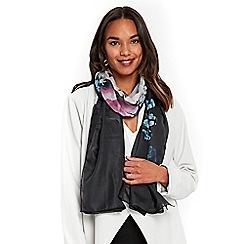 Wallis - Black oversized floral scarf