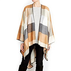Wallis - Camel wrap