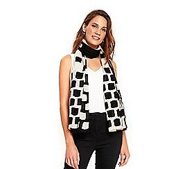 Wallis - Monochrome square print scarf