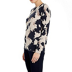 Wallis - Navy animal print jumper