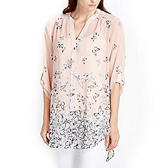 Wallis - Pale pink butterfly print shirt